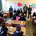 Gobernador regional visita la Institución Educativa Santa Rosa de Abancay