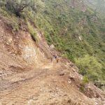 Supervisan apertura de vía en Pomacocha, Antabamba