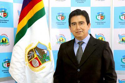 Lic. Víctor Fernando Calle Espinoza