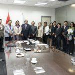 Gobernadores Regionales logran que directores de UGEL dependan de Gobiernos Regionales.