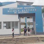Gobernador acude al Ministerio de Educación para conocer situación del proceso de licenciamiento de la UNAMBA