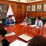 Gobernador regional y Viceministro de salud tratan nombramiento de servidores de salud de Apurímac