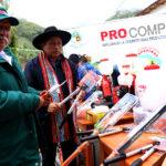 Gobierno Regional entrega insumos y herramientas para mejorar cadena productiva de palta en Pichirhua