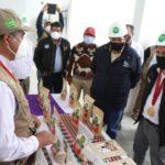 Ministro de la Producción y Gobernador de Apurímac visitan planta del proyecto quinua en Curahuasi